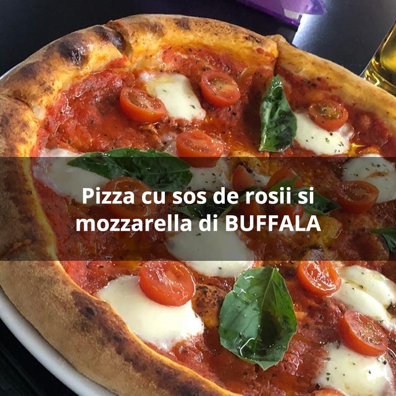 Pizza-cu-sos-de-rosii-si-mozzarella-di-BUFFALA-di-luca