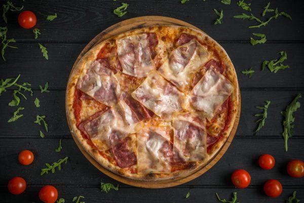 diluca pizza oradea Affumicatta