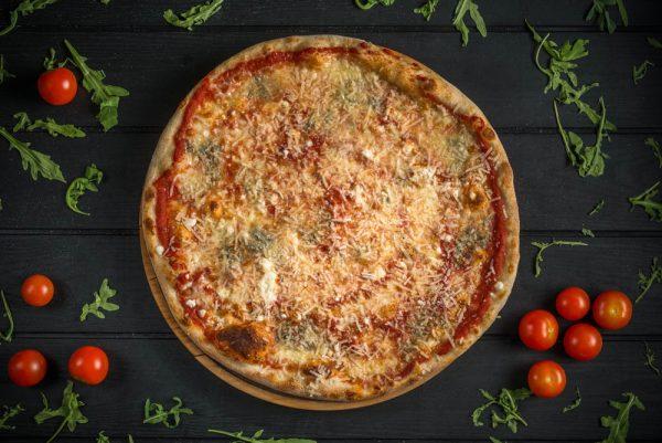 diluca pizza oradea Quattro Formaggi